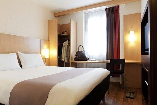 Hotel Ibis Warszawa Ostrobramska: Guest room