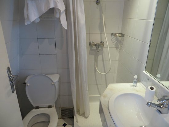 Lux Hotel Picpus: bath