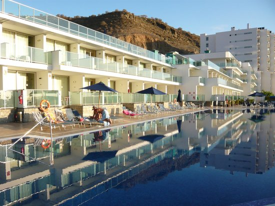 Morasol Suites: Pool View