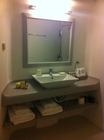 Ambassador Aegean Luxury Hotel & Suites: Salle de bains