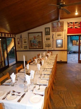Fugitive's Drift Lodge and Guest House : Ready for dinner