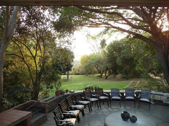 Fugitive's Drift Lodge and Guest House : View from the Boma