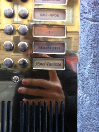 Hotel Panizza : citofono