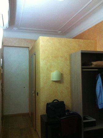 Hotel Panizza : stanza