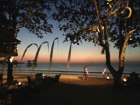 Nelayan Restaurant: Post sunset view from Nelayan