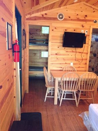 Covert-South Haven KOA: extra small bedroom woth two bunk beds