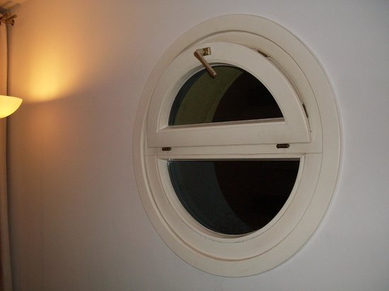 Apartmenthaus Hietzing: oblo senza tende
