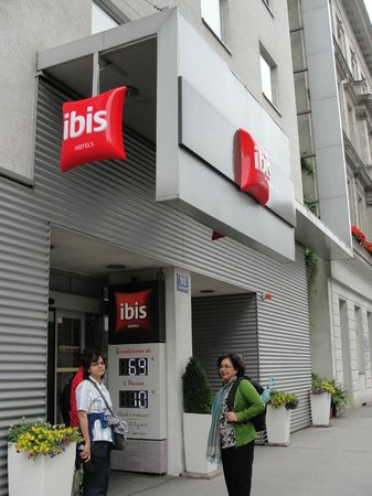 ‪‪Ibis Wien City‬: Ibis wien on the Schoenbrunnerstrasse‬
