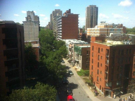 Hilton Garden Inn Montreal Centre-ville: View from the room.