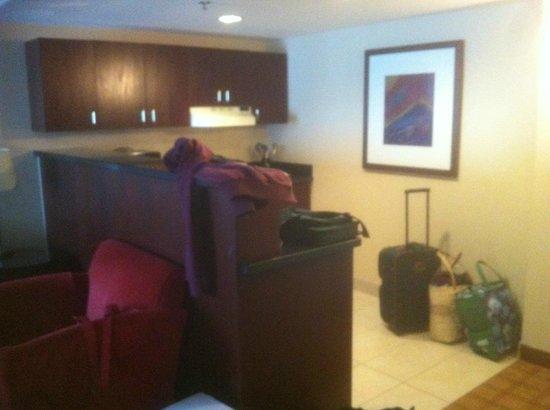Radisson Hotel Ottawa Parliament Hill : The non-executive kitchenette