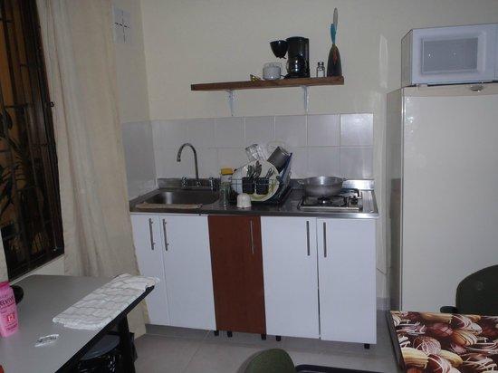 Casa Hoteles Zuetana: Cocina del Apartamento EXCELENTE