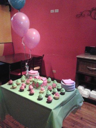 Bahama Grill : Birthday Cake