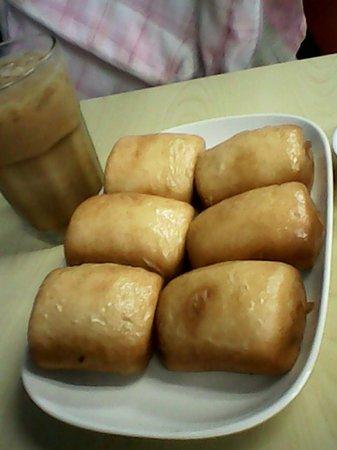 Wai Ying Fastfood: Mantou