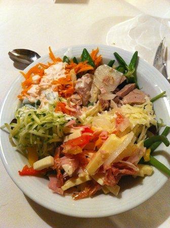 Hotel Gruber: insalate varie dal buffet