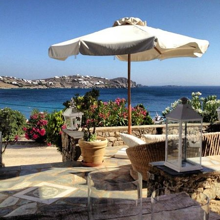 Apollonia Hotel & Resort: Terrace