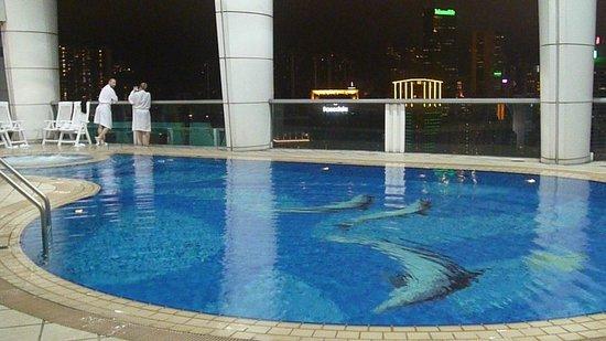 Pool - Metropark Hotel Causeway Bay Hong Kong: 4