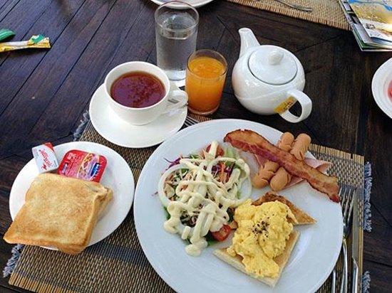 Bura Resort: Restaurant Breakfast