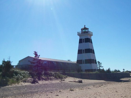 West Point Lighthouse Inn: West Point Lighthouse and Inn