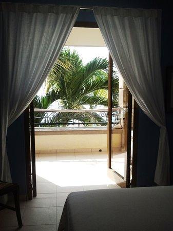 Bellafonte Luxury Oceanfront Hotel: View from Room 204 Master Bedroom
