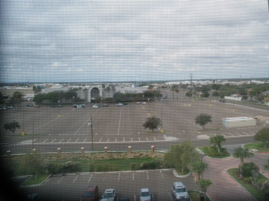 Embassy Suites by Hilton Laredo : View from Room