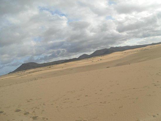 Corralejo Dunes: ...sabbia, vulcani e nuvole...