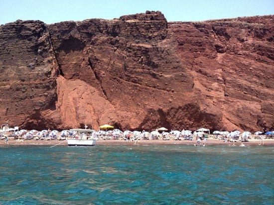 Villa Manos: Red beach