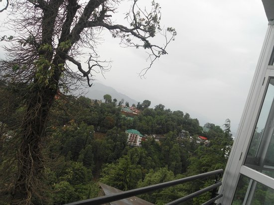 Dalhousie Palace Hotel: View from balcony