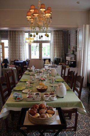 Ter Brugge Bed and Breakfast: Frühstücksraum