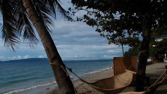 Sunset at Aninuan Beach Resort: beach