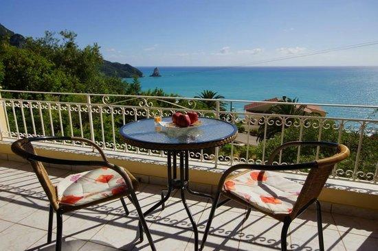 Alexandra Natalia Aparthotel: Type A view to the sea
