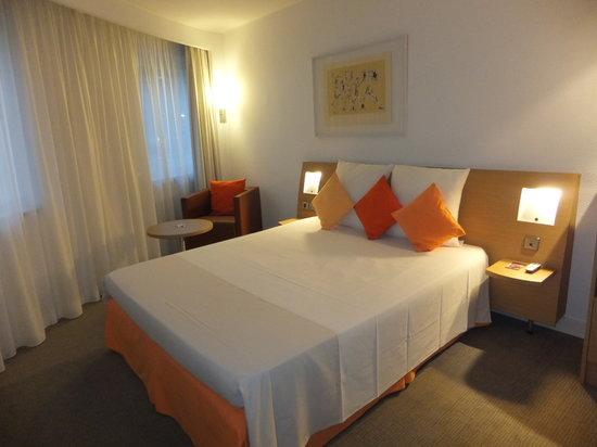 Novotel Andorra : bed