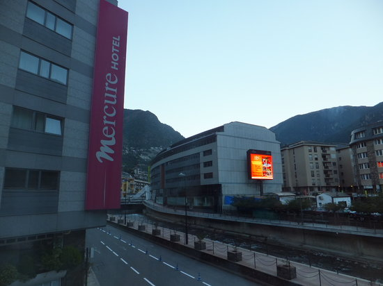 Novotel Andorra: outside view from the room