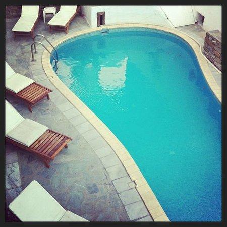 Siroco's Rooms and Studios: La piscine du Siroco
