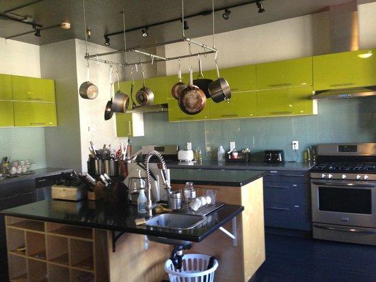 Hostelling International San Diego Downtown: Küche