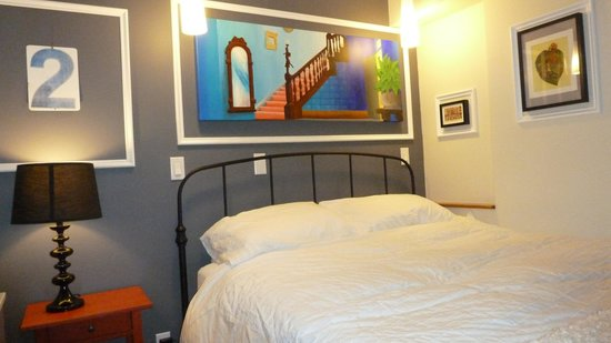The Box House Hotel : Duplex avec pation - Lit queen