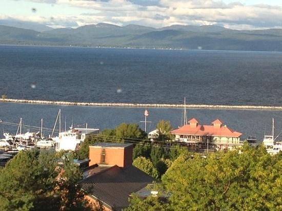 Hilton Burlington : morning out the window