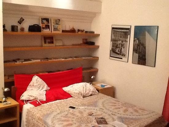 Maria-Rosa Guesthouse: notre chambre