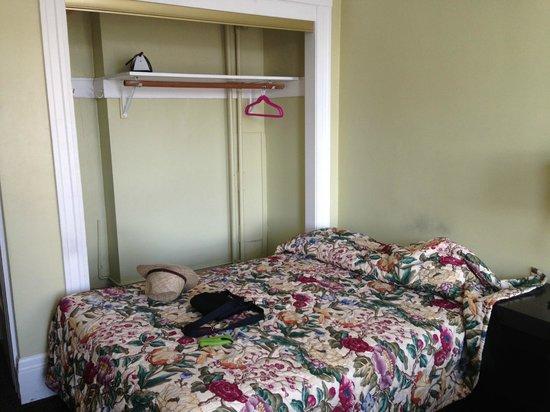 The Dakota Hotel: Zimmer... gruselig!
