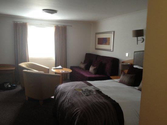 Auchrannie Spa Resort: Huge bedroom