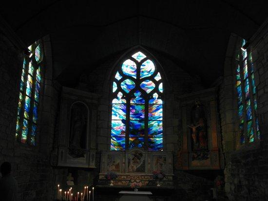 Chapelle Notre-Dame-de-Bonne-Nouvelle : Vetrate (ricostruite)