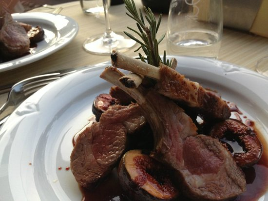 Saint Germain: Lamb chops served with fresh figs