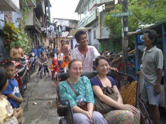 Jakarta Hidden Tours: becak pedicab