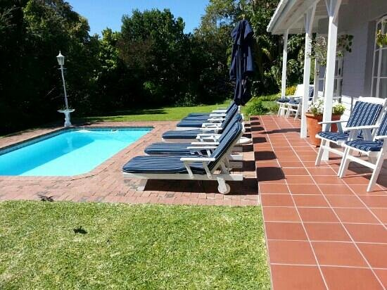 The Knysna Belle: Annie Benn room opens up to sparkling pool & beautiful garden