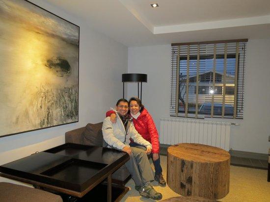 Hotel Martin Gusinde: En la sala de estar, junto a la recepción