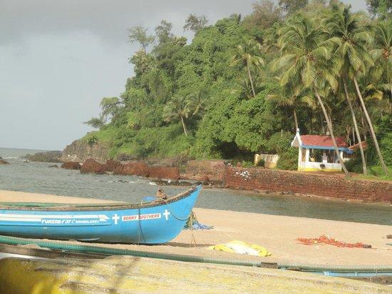 Baia Do sol: View of Beach and Creek..