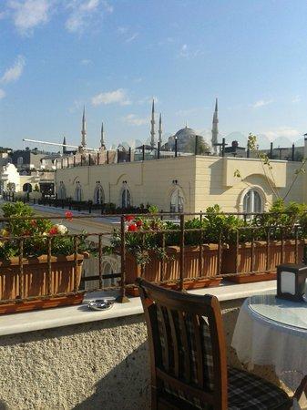 Deniz Houses Hotel: Вид с терассы во время завтрака
