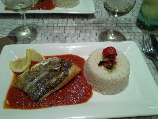 La Sousta: filetto di pesce bianco e riso