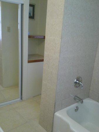 Hotel Miramar : Bathroom - extra clean