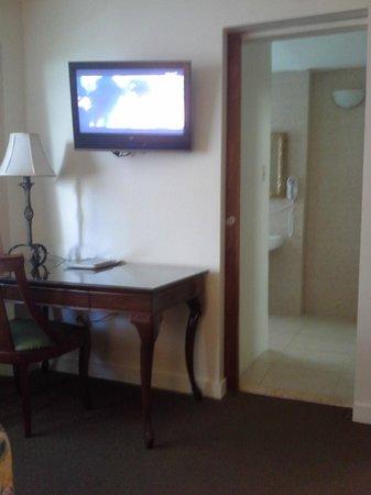 Hotel Miramar : Good privacy between room & bathroom