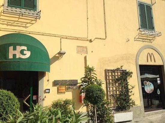 Hotel Giardino Tower Inn : Hotel entrance